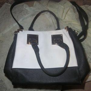 Nice Black and White bag from black rivet